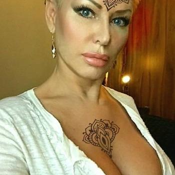41 jarige vrouw zoekt seksueel contact in Zuid-Holland