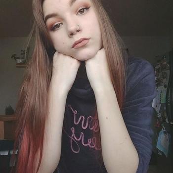 19 jarige vrouw zoekt man in Utrecht
