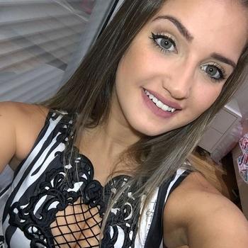 sexcontact met Alexiszoekt